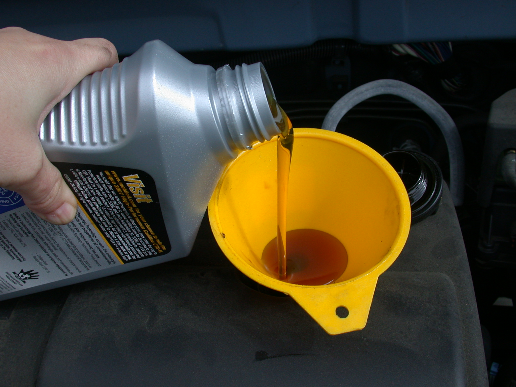 Motor oil autocrust auto news car reviews auto for How long does motor oil last